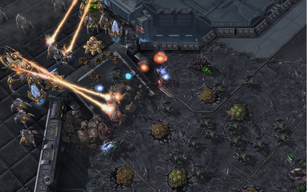 StarCraft II: Heart of the Swarm - Swarm Host Siege