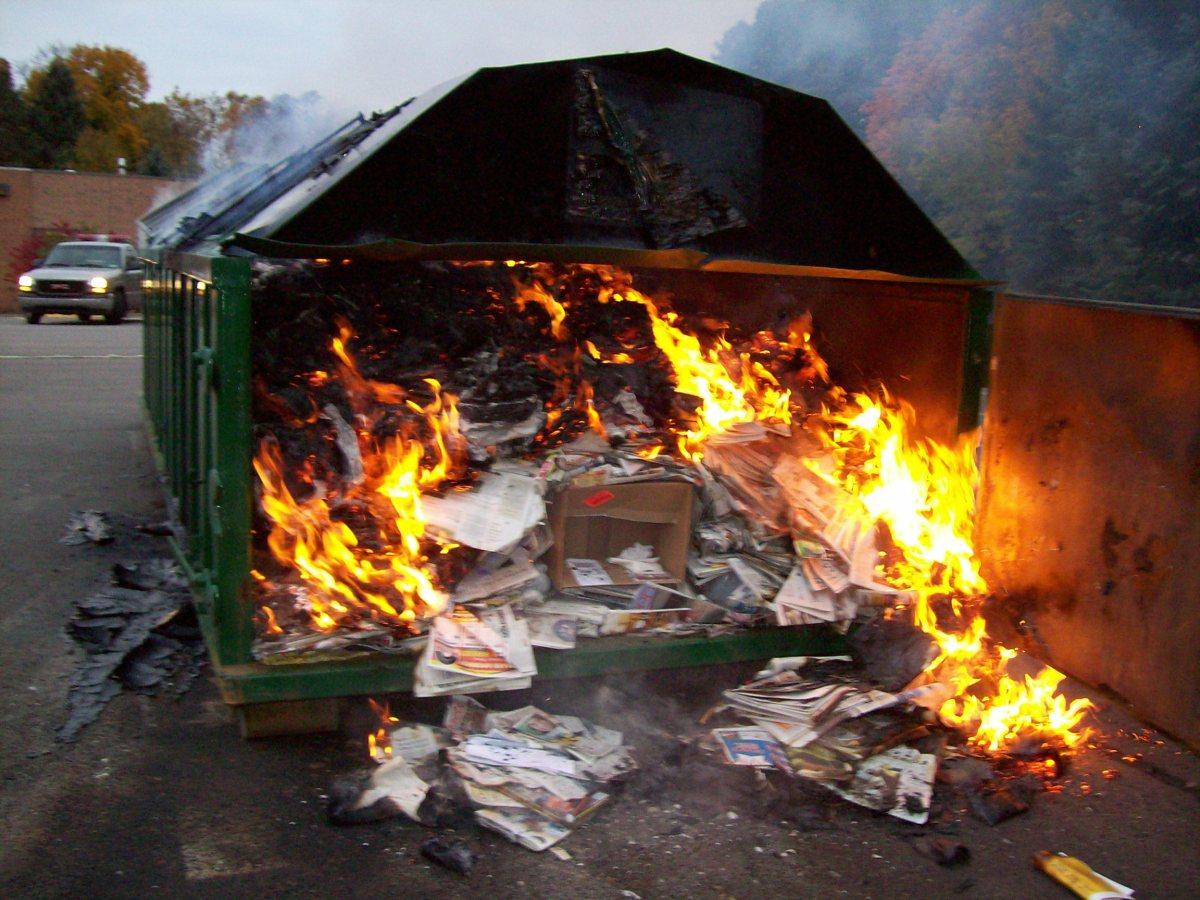 Znalezione obrazy dla zapytania hot garbage